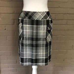 Liz Claiborne Black & white plaid skirt 6P